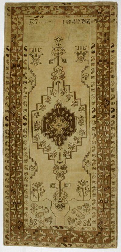 Ivory Konya Rug #1022 • 4′6″ x 9′7″ • 100% Wool