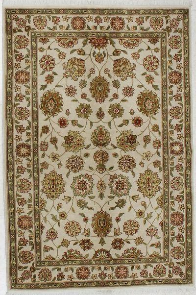 Ivory Royal Flower Rug #1623 • 4′0″ x 6′0″ • 100% Wool
