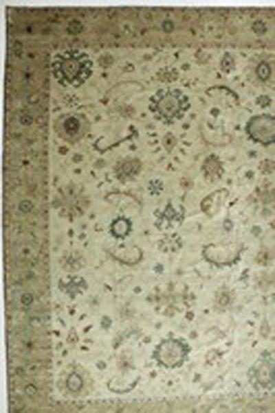Ivory Karaman Rug #564 • 12′3″ x 16′4″ • 100% Wool