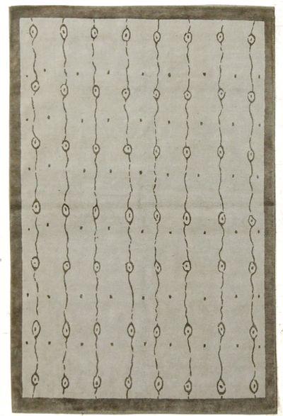 Ivory Modern Rug #7644 • 4′0″ x 6′0″ • Wool on Silk