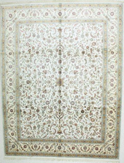 Ivory Spon Rug #501 • 9′0″ x 12′0″ • Silk on Cotton