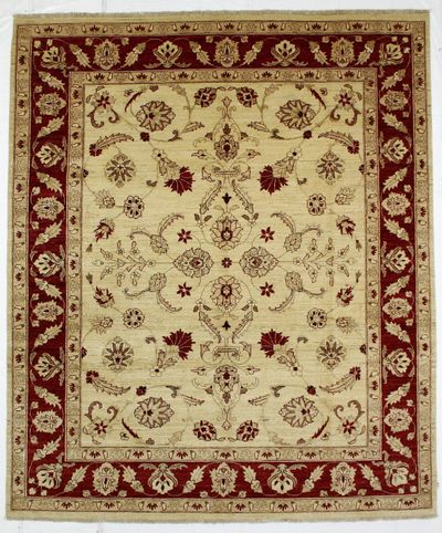 Ivory Ushak Rug #221 • 8′1″ x 9′7″ • Wool on Cotton