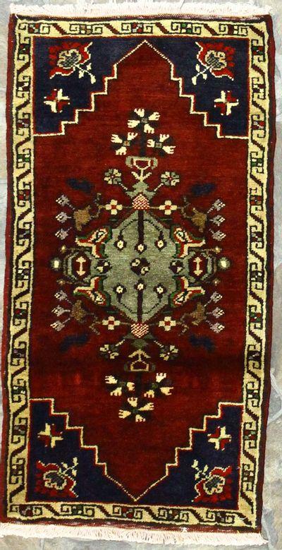Red Konya Rug #913 • 1′7″ x 3′1″ • 100% Wool