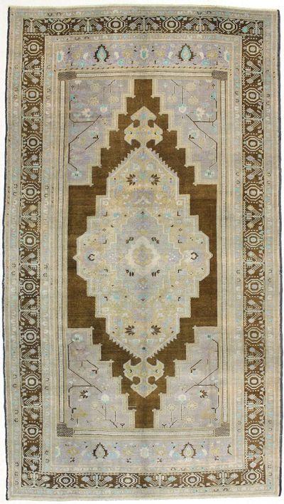 Brown Konya Rug #1501 • 6′9″ x 12′9″ • 100% Wool