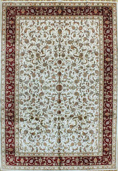 White Hereke Rug #1110 • 6′10″ x 9′10″ • 100% Silk