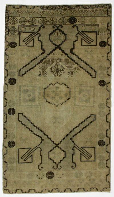 beige Konya Rug #2142 • 4′6″ x 7′11″ • 100% Wool