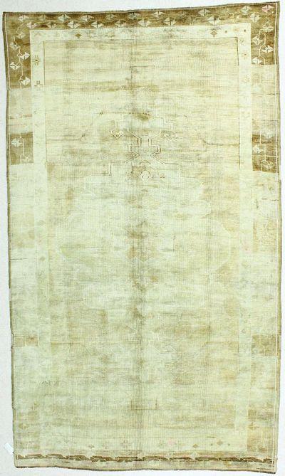 Ivory Konya Rug #62 • 6′10″ x 11′10″ • 100% Wool
