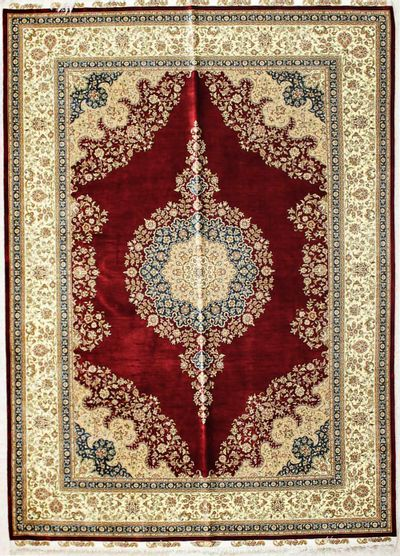 Red Cezaevi Rug #2594 • 5′7″ x 7′9″ • 100% Silk