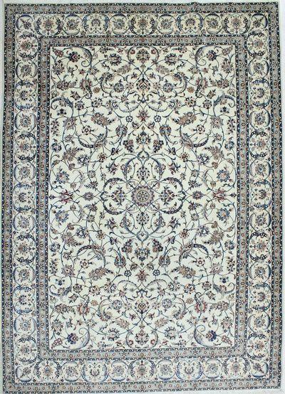White Nain Rug #1107 • 8′2″ x 11′5″ • Wool on Cotton