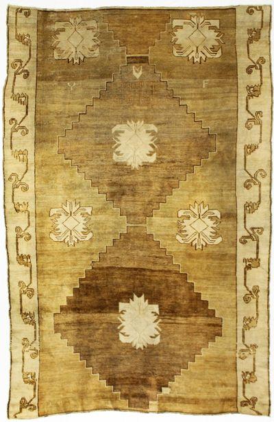 Brown Konya Rug #781 • 7′5″ x 11′8″ • 100% Wool