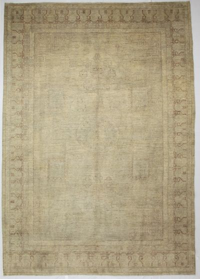 Ivory Kothan Rug #932 • 9′10″ x 14′2″ • Wool on Cotton
