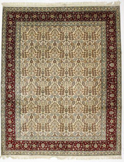 Ivory Gordes Rug #8608 • 7′11″ x 9′10″ • 100% Silk