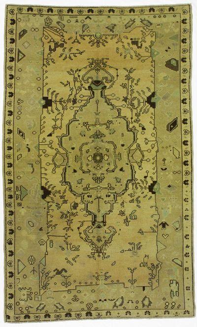 Green Konya Rug #112 • 4′10″ x 8′0″ • 100% Wool