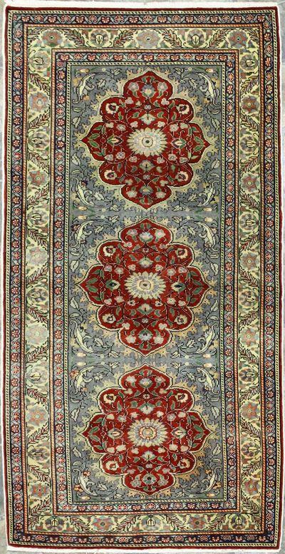 Red Kayseri Rug #8806 • 3′2″ x 6′1″ • Wool on Cotton