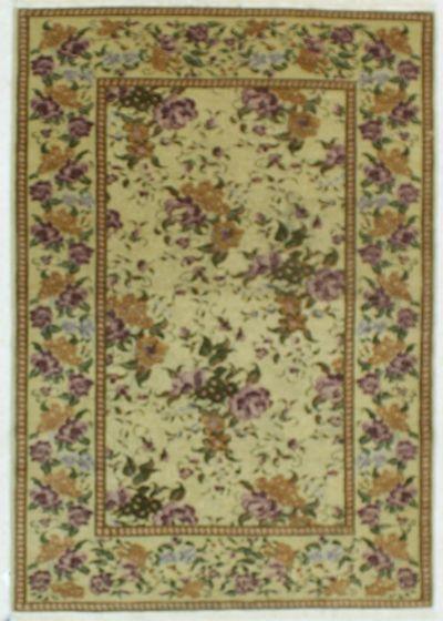 Ivory Gordes Rug #534 • 4′2″ x 5′10″ • 100% Wool
